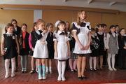Коричневое платье с длинным или коротким рукавом