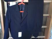 костюм школьный для мальчика р140-72-66 пиджак новый,  брюки б/у -идеал